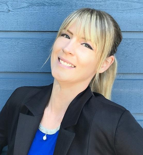 An image of Gundula Hirn, Fashion Designer, Nanaimo, BC Canada