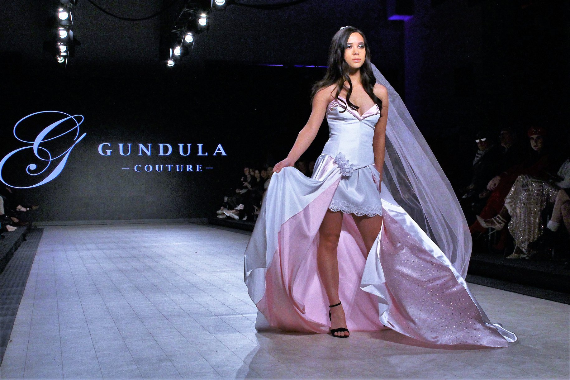 Vancouver Fashion Week 2020 Photo by Max C Yeoh of design River by Gundula Couture